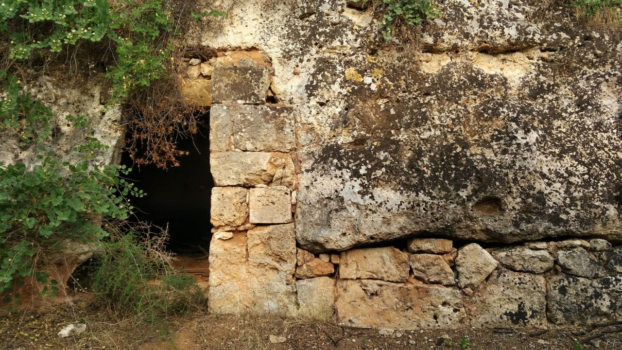 Insediamento-rupestre-Lamacornola-Ostuni-Brindisi-Salento-Puglia-Italia-26