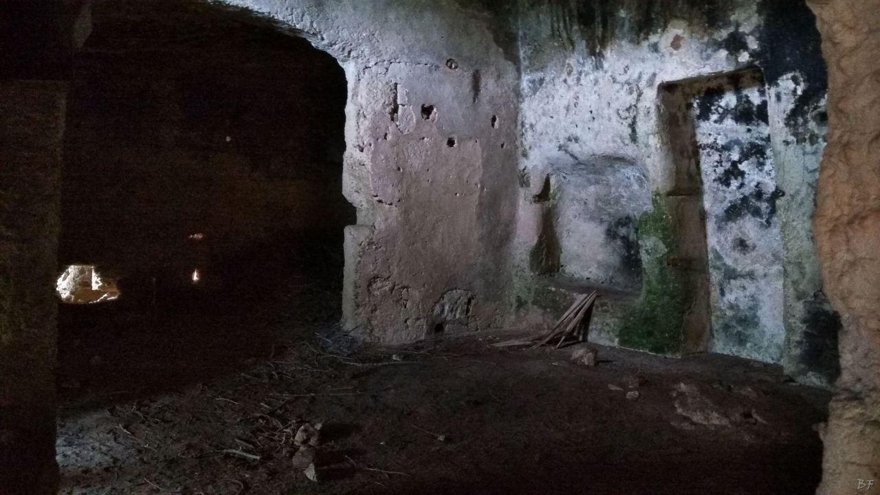 Insediamento-rupestre-Lamacornola-Ostuni-Brindisi-Salento-Puglia-Italia-8