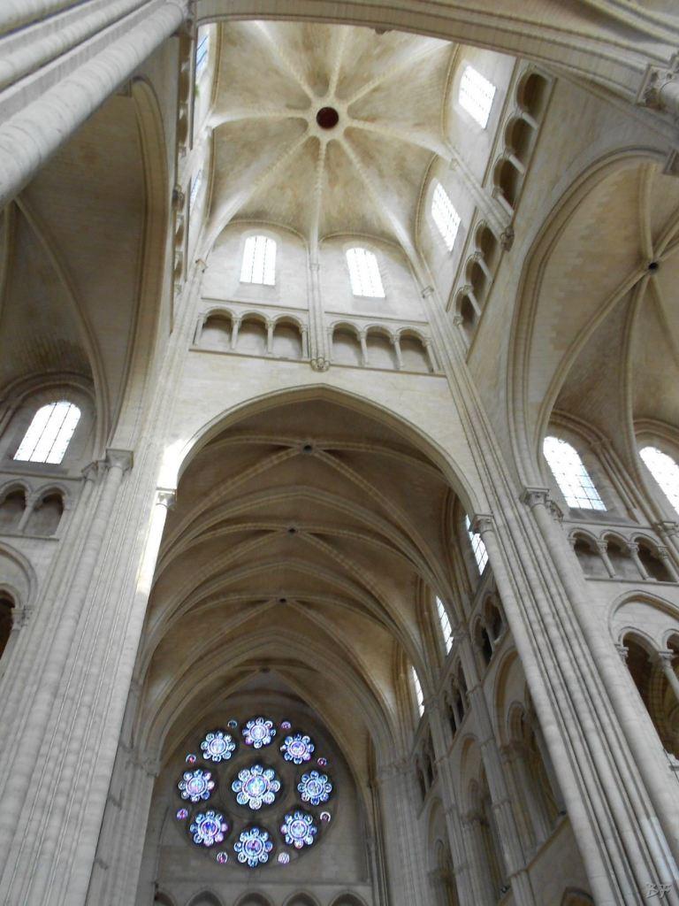 Cattedrale-Gotica-della-Vergine-di-Laon-Aisne-Hauts-de-France-35
