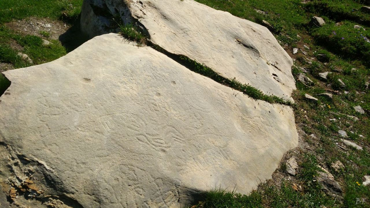 Incisioni-rupestri-Arcelle-Lanslebourg-Haute-Maurienne-Francia-6
