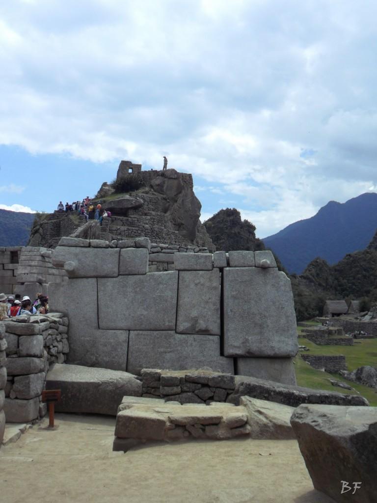 Mura-Poligonali-Incisioni-Altari-Edifici-Rupestri-Megaliti-Machu-Picchu-Aguas-Calientes-Urubamba-Cusco-Perù-101