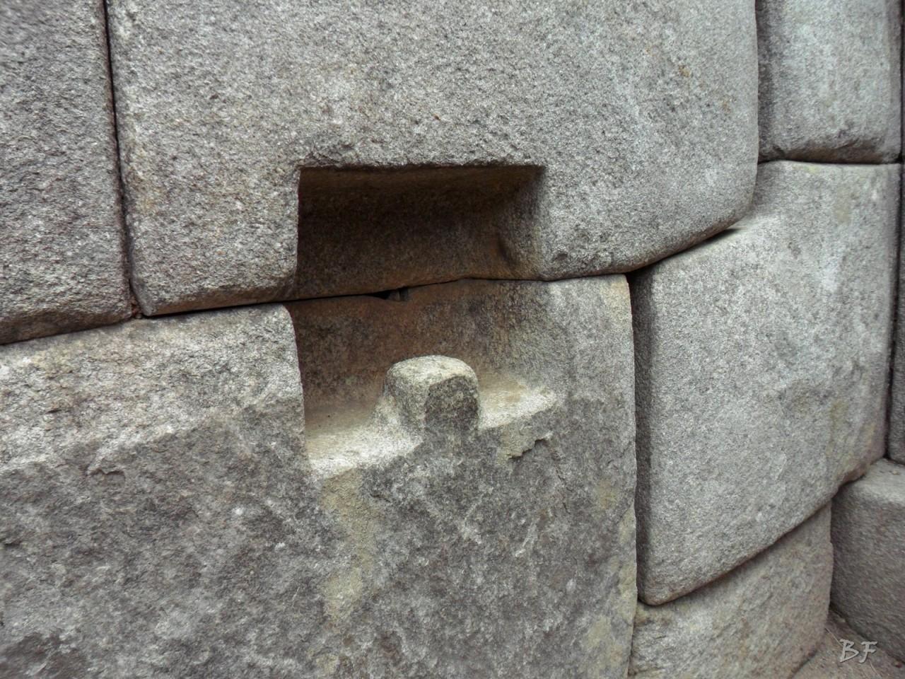 Mura-Poligonali-Incisioni-Altari-Edifici-Rupestri-Megaliti-Machu-Picchu-Aguas-Calientes-Urubamba-Cusco-Perù-105