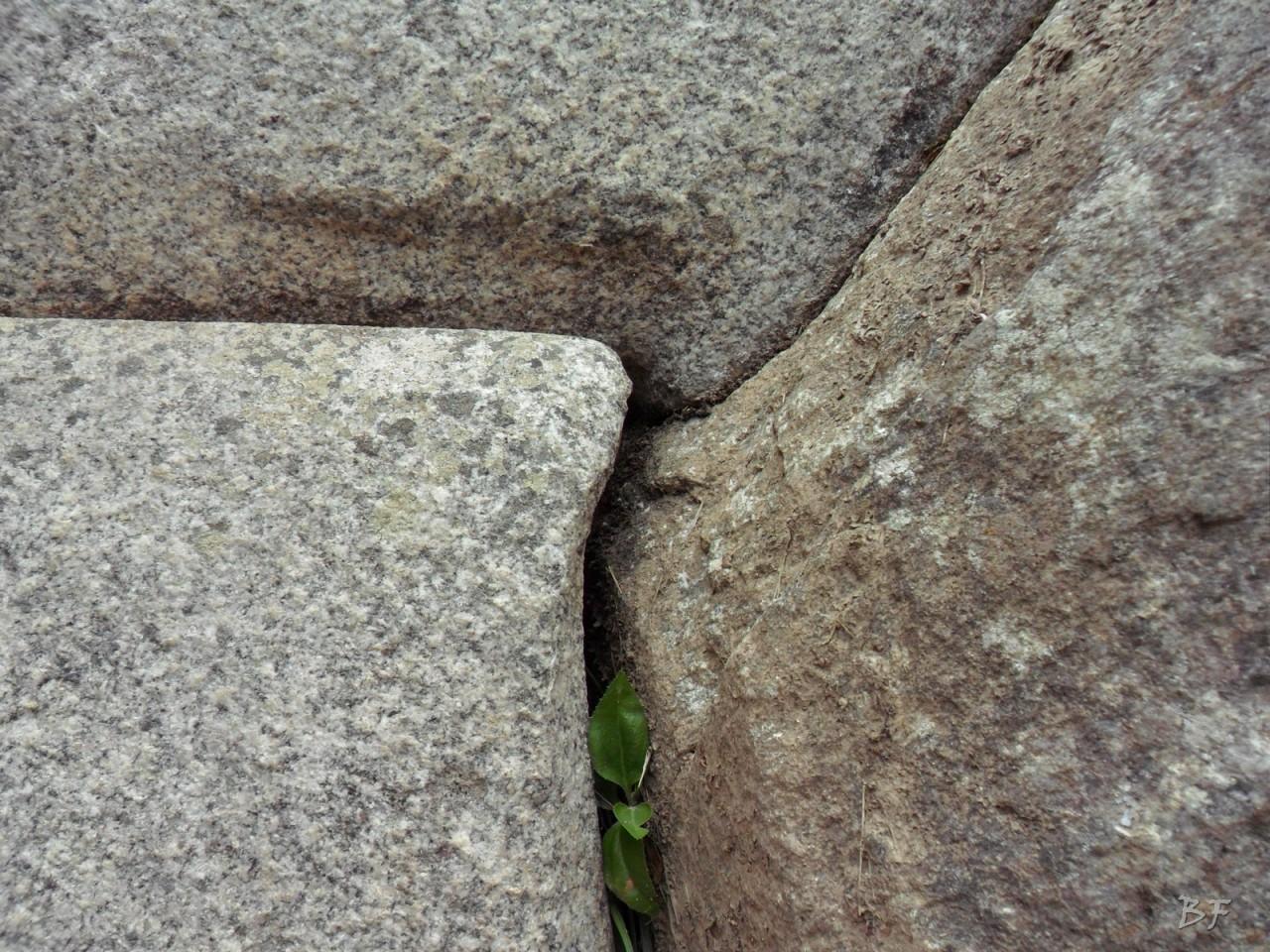 Mura-Poligonali-Incisioni-Altari-Edifici-Rupestri-Megaliti-Machu-Picchu-Aguas-Calientes-Urubamba-Cusco-Perù-106