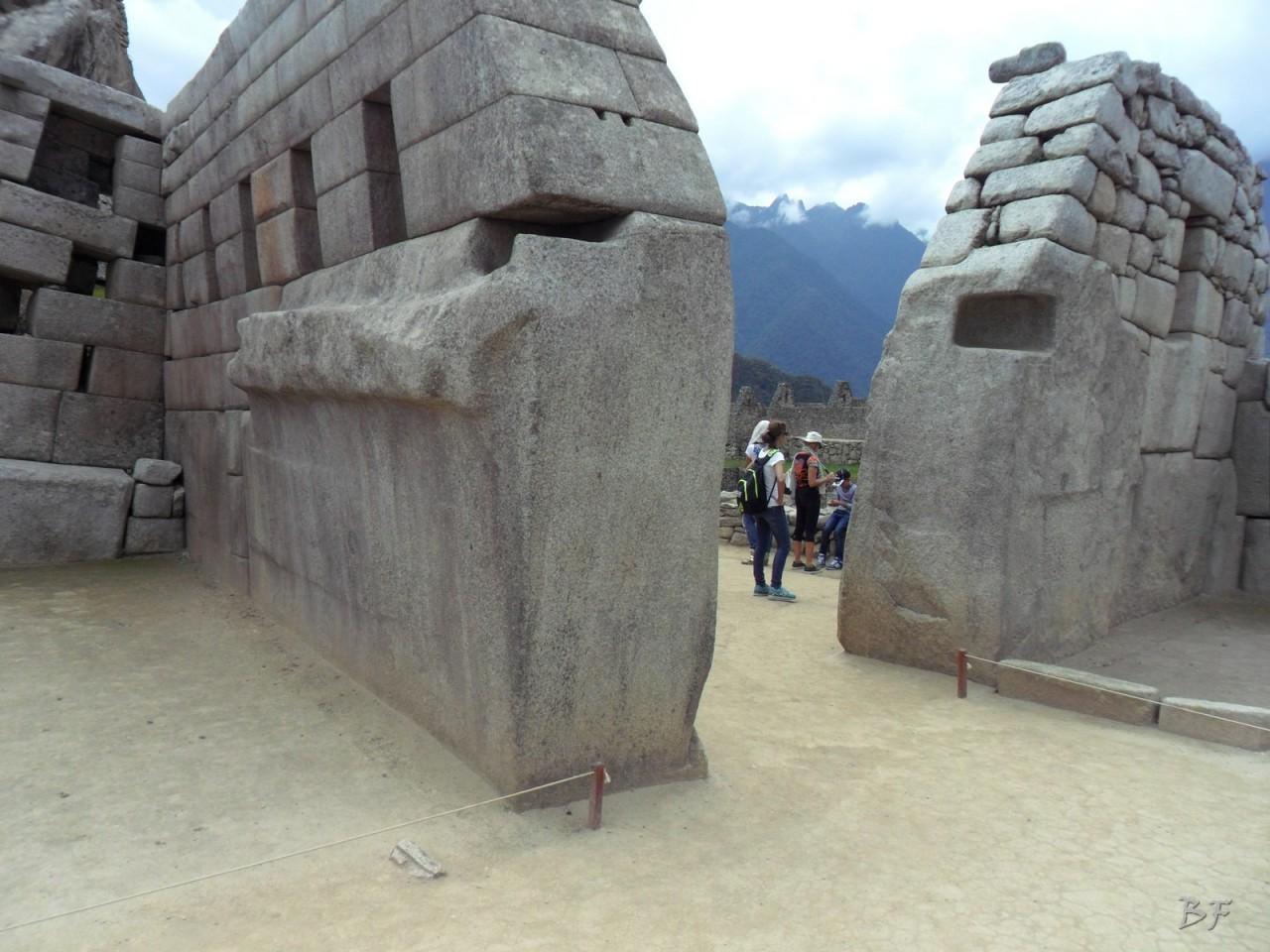 Mura-Poligonali-Incisioni-Altari-Edifici-Rupestri-Megaliti-Machu-Picchu-Aguas-Calientes-Urubamba-Cusco-Perù-109