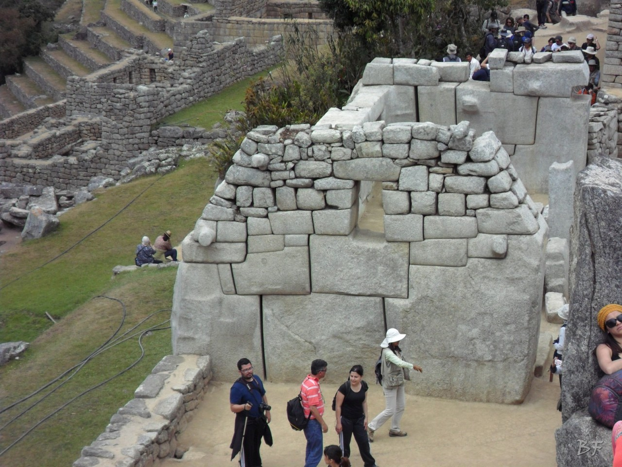 Mura-Poligonali-Incisioni-Altari-Edifici-Rupestri-Megaliti-Machu-Picchu-Aguas-Calientes-Urubamba-Cusco-Perù-115