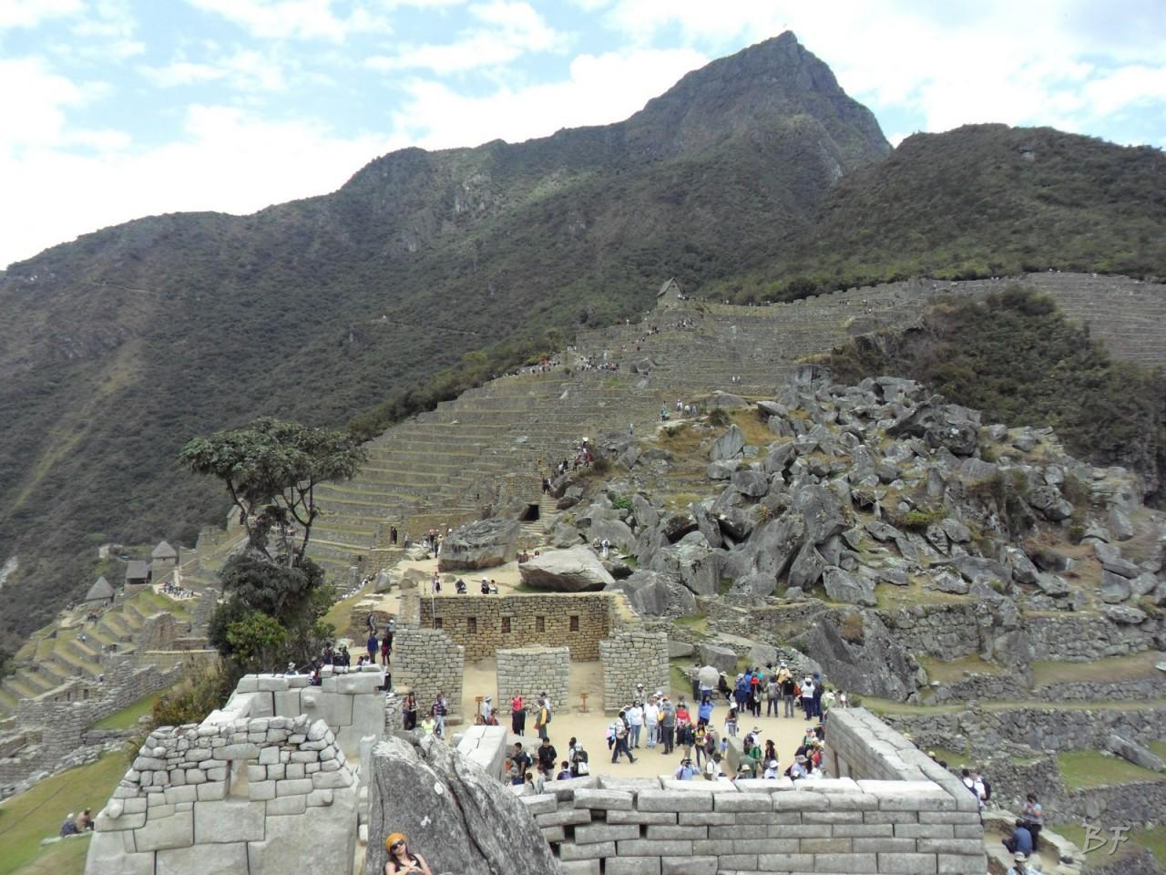 Mura-Poligonali-Incisioni-Altari-Edifici-Rupestri-Megaliti-Machu-Picchu-Aguas-Calientes-Urubamba-Cusco-Perù-116