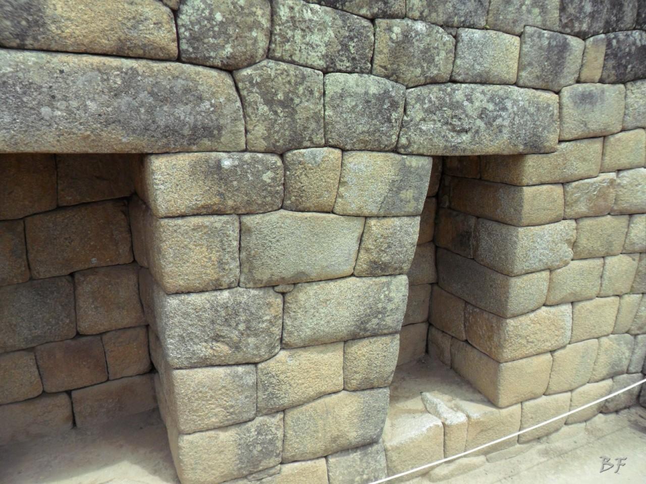 Mura-Poligonali-Incisioni-Altari-Edifici-Rupestri-Megaliti-Machu-Picchu-Aguas-Calientes-Urubamba-Cusco-Perù-123