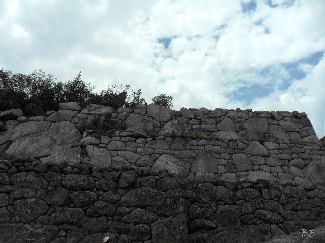 Mura-Poligonali-Incisioni-Altari-Edifici-Rupestri-Megaliti-Machu-Picchu-Aguas-Calientes-Urubamba-Cusco-Perù-125