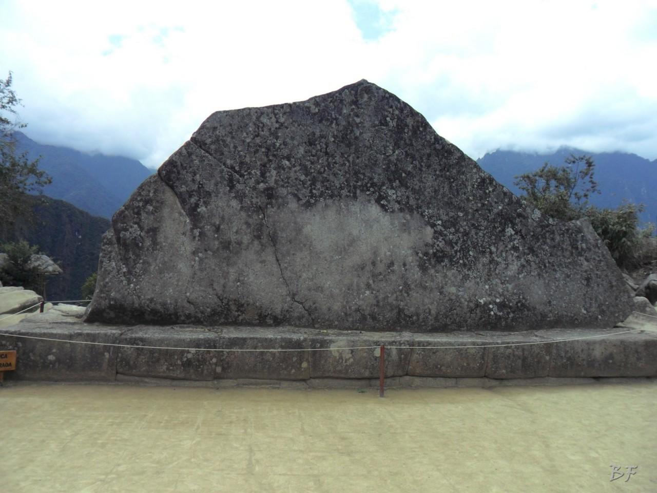 Mura-Poligonali-Incisioni-Altari-Edifici-Rupestri-Megaliti-Machu-Picchu-Aguas-Calientes-Urubamba-Cusco-Perù-127