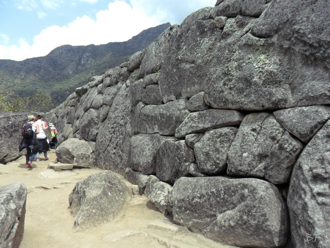 Mura-Poligonali-Incisioni-Altari-Edifici-Rupestri-Megaliti-Machu-Picchu-Aguas-Calientes-Urubamba-Cusco-Perù-129