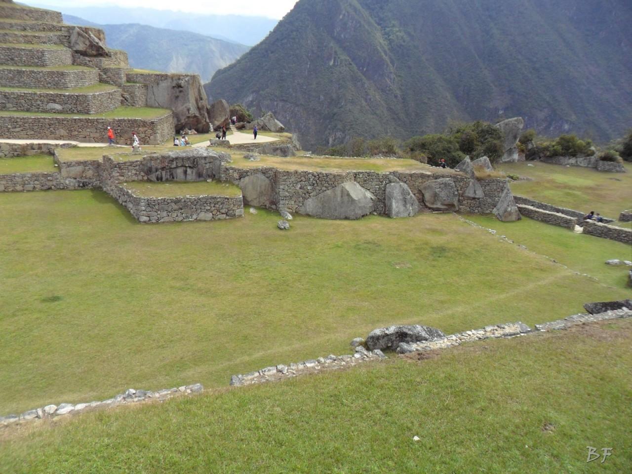 Mura-Poligonali-Incisioni-Altari-Edifici-Rupestri-Megaliti-Machu-Picchu-Aguas-Calientes-Urubamba-Cusco-Perù-137