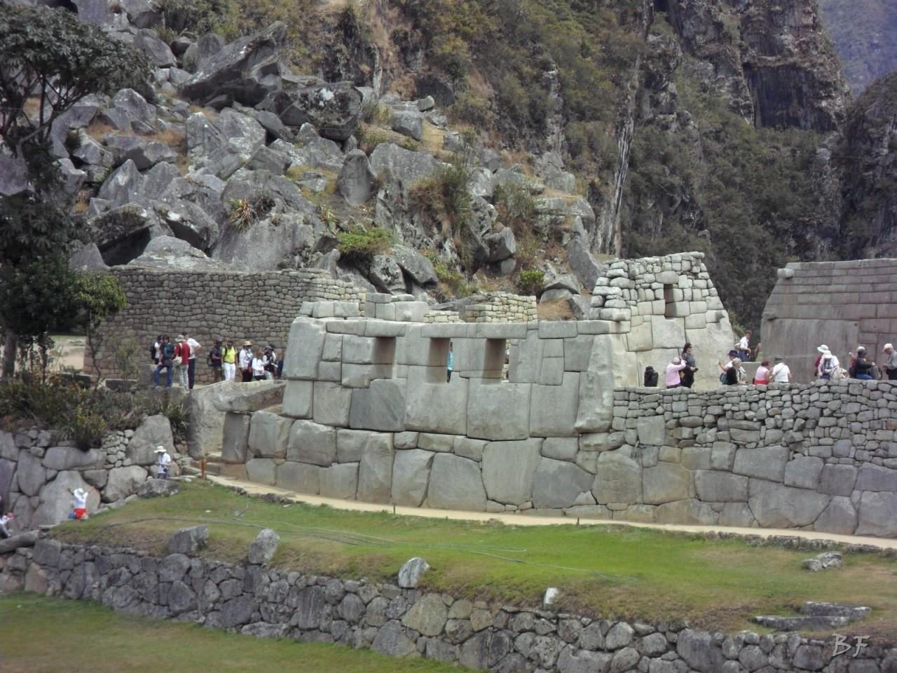Mura-Poligonali-Incisioni-Altari-Edifici-Rupestri-Megaliti-Machu-Picchu-Aguas-Calientes-Urubamba-Cusco-Perù-140