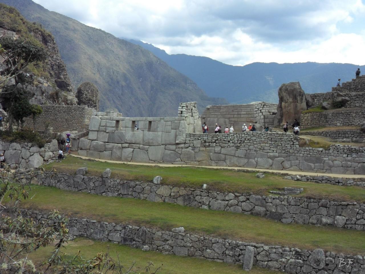 Mura-Poligonali-Incisioni-Altari-Edifici-Rupestri-Megaliti-Machu-Picchu-Aguas-Calientes-Urubamba-Cusco-Perù-141
