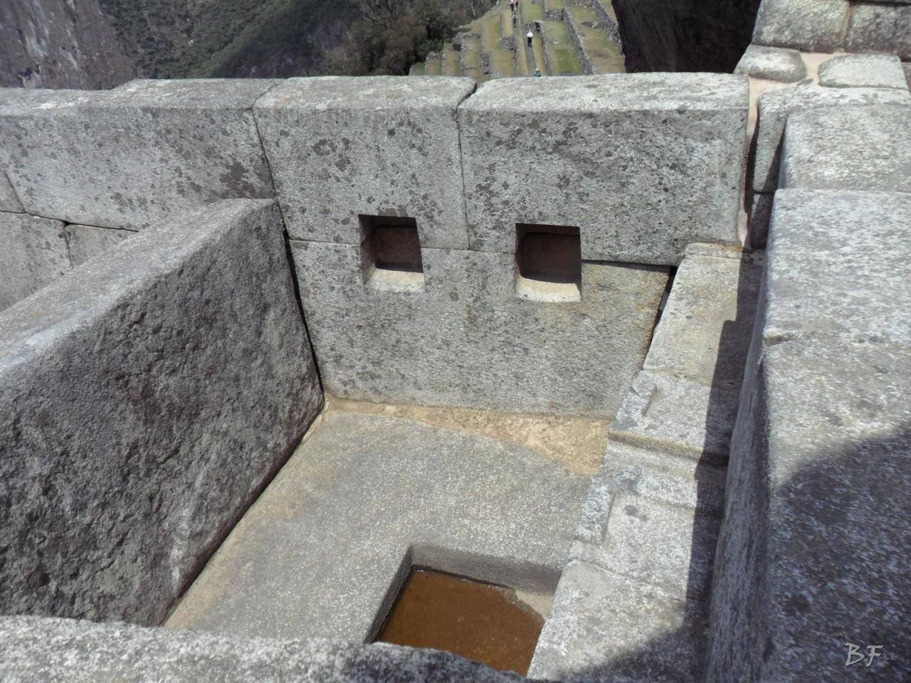 Mura-Poligonali-Incisioni-Altari-Edifici-Rupestri-Megaliti-Machu-Picchu-Aguas-Calientes-Urubamba-Cusco-Perù-156