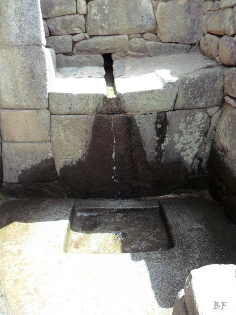 Mura-Poligonali-Incisioni-Altari-Edifici-Rupestri-Megaliti-Machu-Picchu-Aguas-Calientes-Urubamba-Cusco-Perù-157