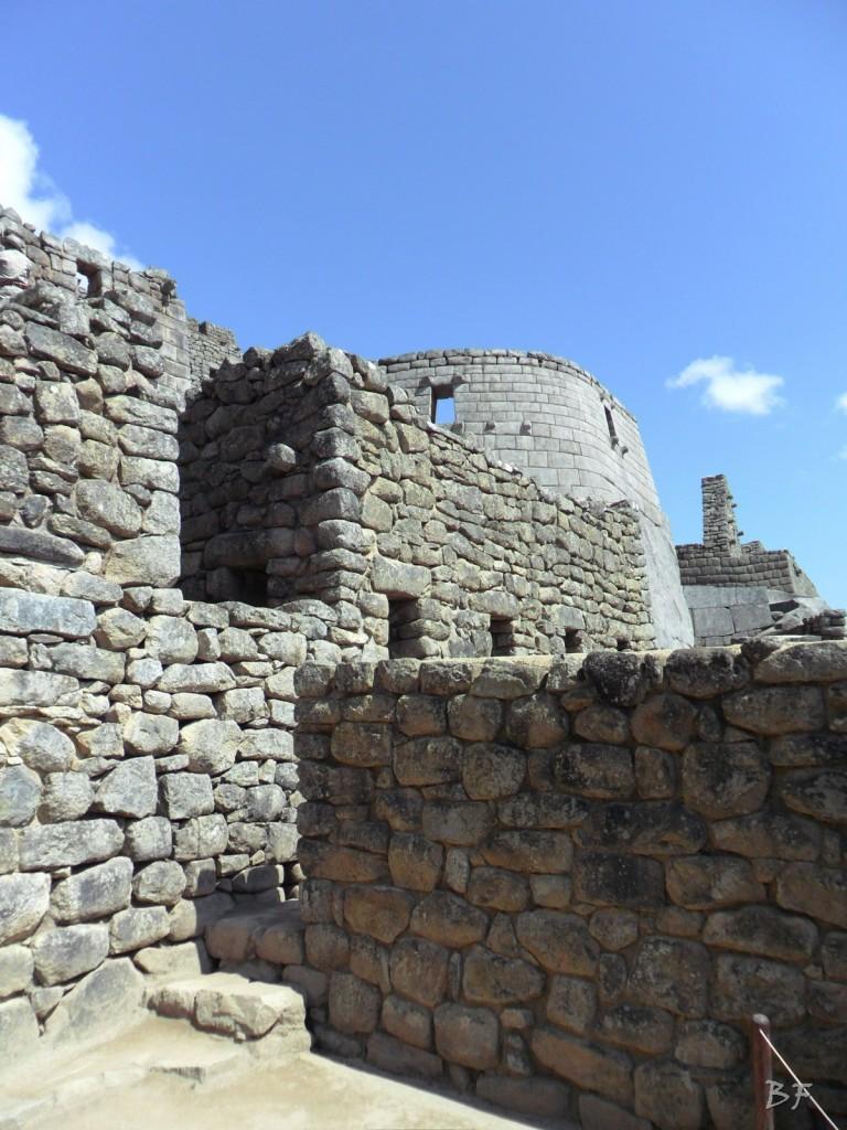 Mura-Poligonali-Incisioni-Altari-Edifici-Rupestri-Megaliti-Machu-Picchu-Aguas-Calientes-Urubamba-Cusco-Perù-18