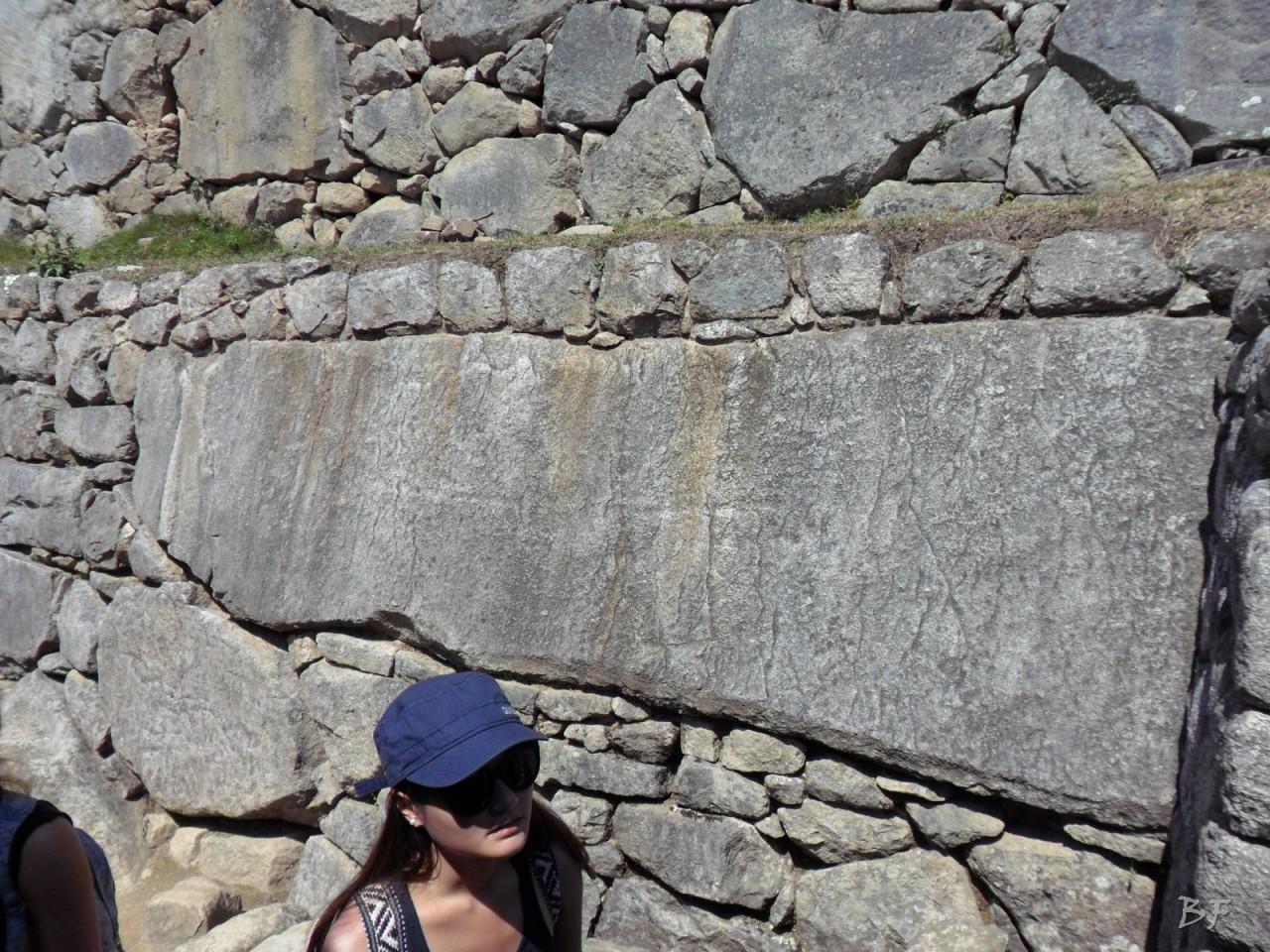 Mura-Poligonali-Incisioni-Altari-Edifici-Rupestri-Megaliti-Machu-Picchu-Aguas-Calientes-Urubamba-Cusco-Perù-31