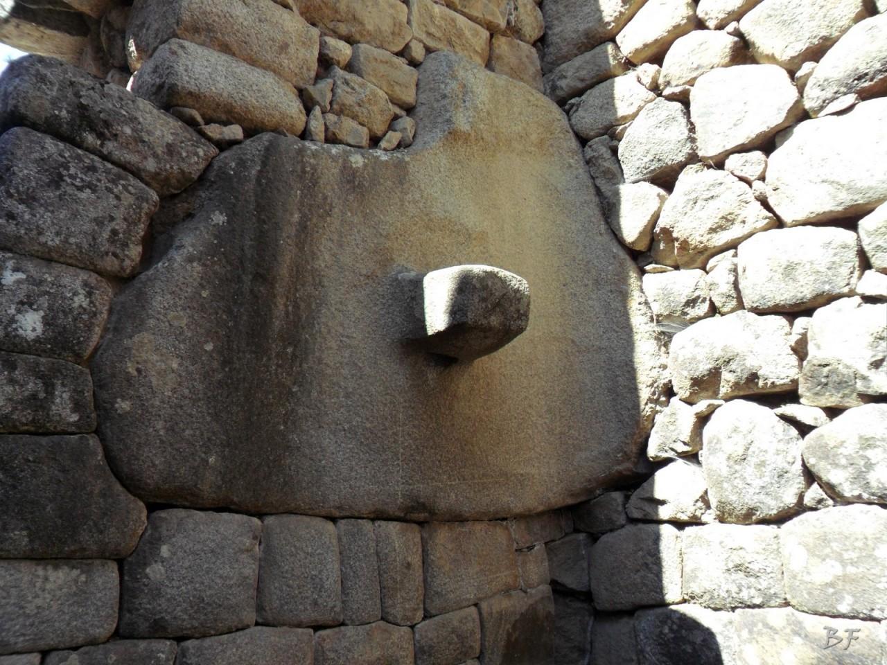 Mura-Poligonali-Incisioni-Altari-Edifici-Rupestri-Megaliti-Machu-Picchu-Aguas-Calientes-Urubamba-Cusco-Perù-32