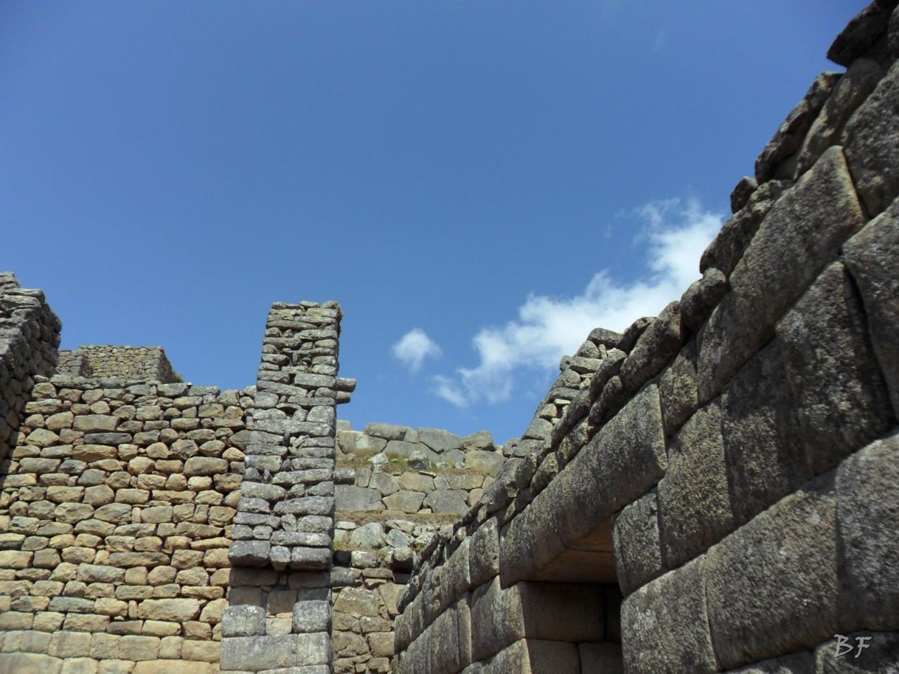 Mura-Poligonali-Incisioni-Altari-Edifici-Rupestri-Megaliti-Machu-Picchu-Aguas-Calientes-Urubamba-Cusco-Perù-33