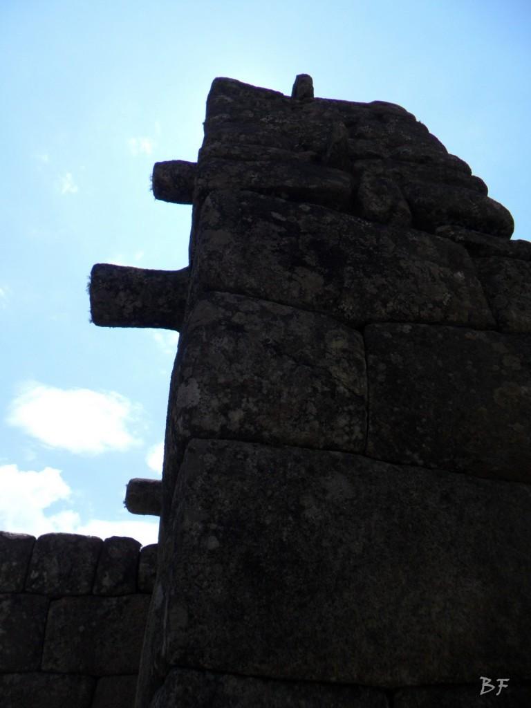 Mura-Poligonali-Incisioni-Altari-Edifici-Rupestri-Megaliti-Machu-Picchu-Aguas-Calientes-Urubamba-Cusco-Perù-34