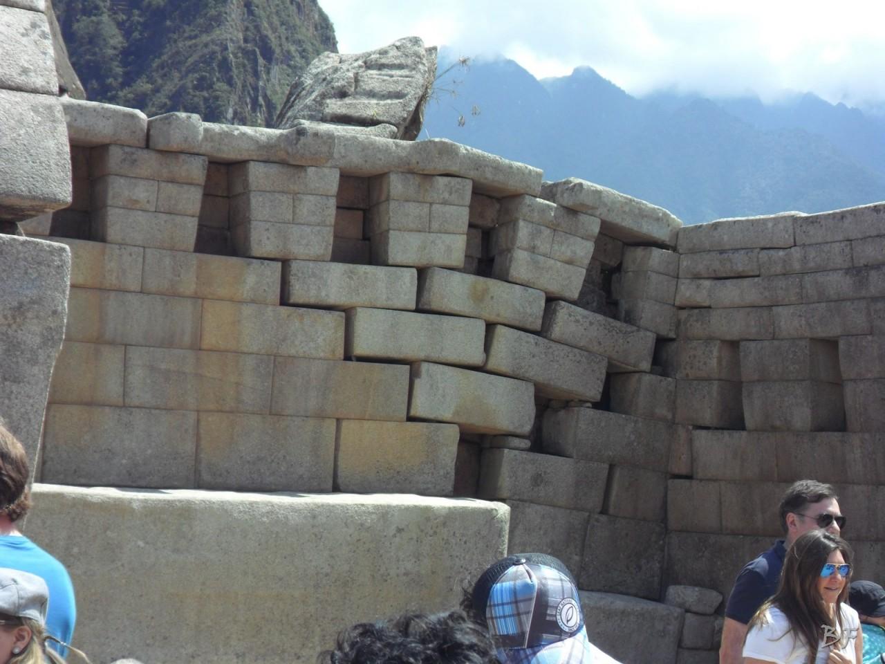Mura-Poligonali-Incisioni-Altari-Edifici-Rupestri-Megaliti-Machu-Picchu-Aguas-Calientes-Urubamba-Cusco-Perù-53