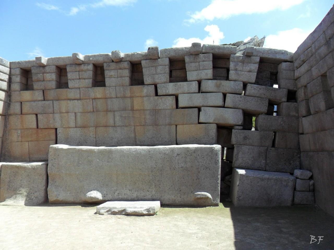 Mura-Poligonali-Incisioni-Altari-Edifici-Rupestri-Megaliti-Machu-Picchu-Aguas-Calientes-Urubamba-Cusco-Perù-56