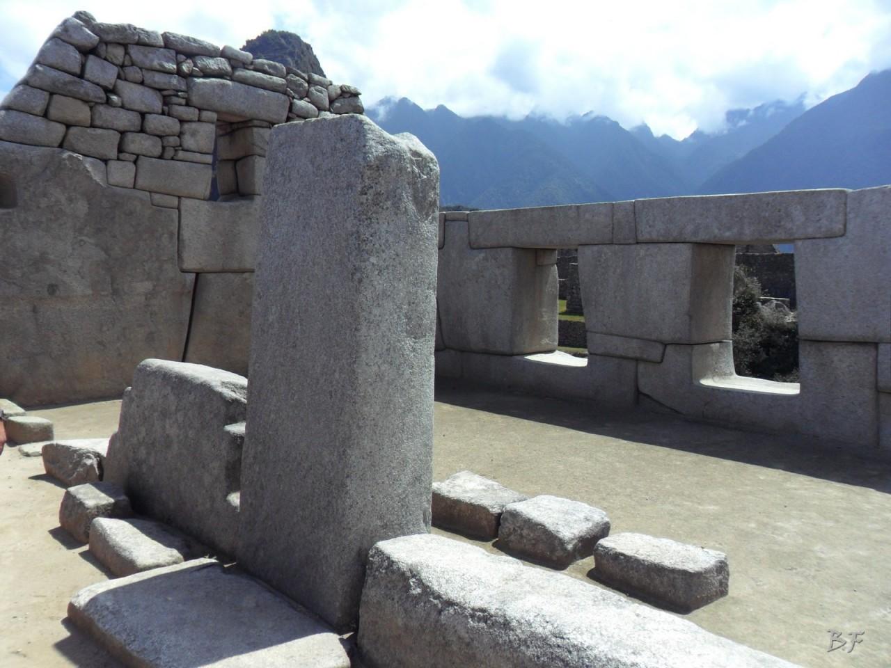 Mura-Poligonali-Incisioni-Altari-Edifici-Rupestri-Megaliti-Machu-Picchu-Aguas-Calientes-Urubamba-Cusco-Perù-59