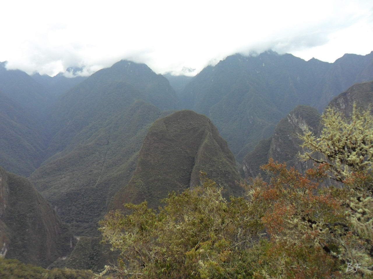 Mura-Poligonali-Incisioni-Altari-Edifici-Rupestri-Megaliti-Machu-Picchu-Aguas-Calientes-Urubamba-Cusco-Perù-66