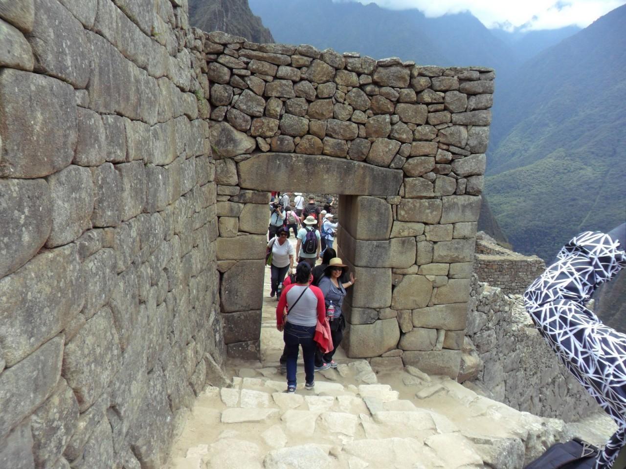 Mura-Poligonali-Incisioni-Altari-Edifici-Rupestri-Megaliti-Machu-Picchu-Aguas-Calientes-Urubamba-Cusco-Perù-77