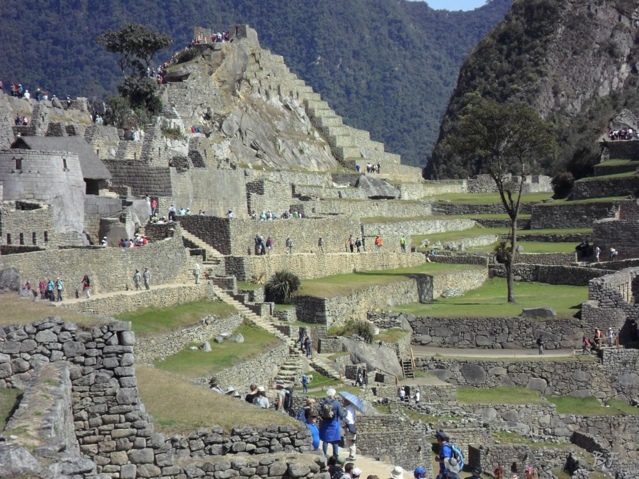 Mura-Poligonali-Incisioni-Altari-Edifici-Rupestri-Megaliti-Machu-Picchu-Aguas-Calientes-Urubamba-Cusco-Perù-8
