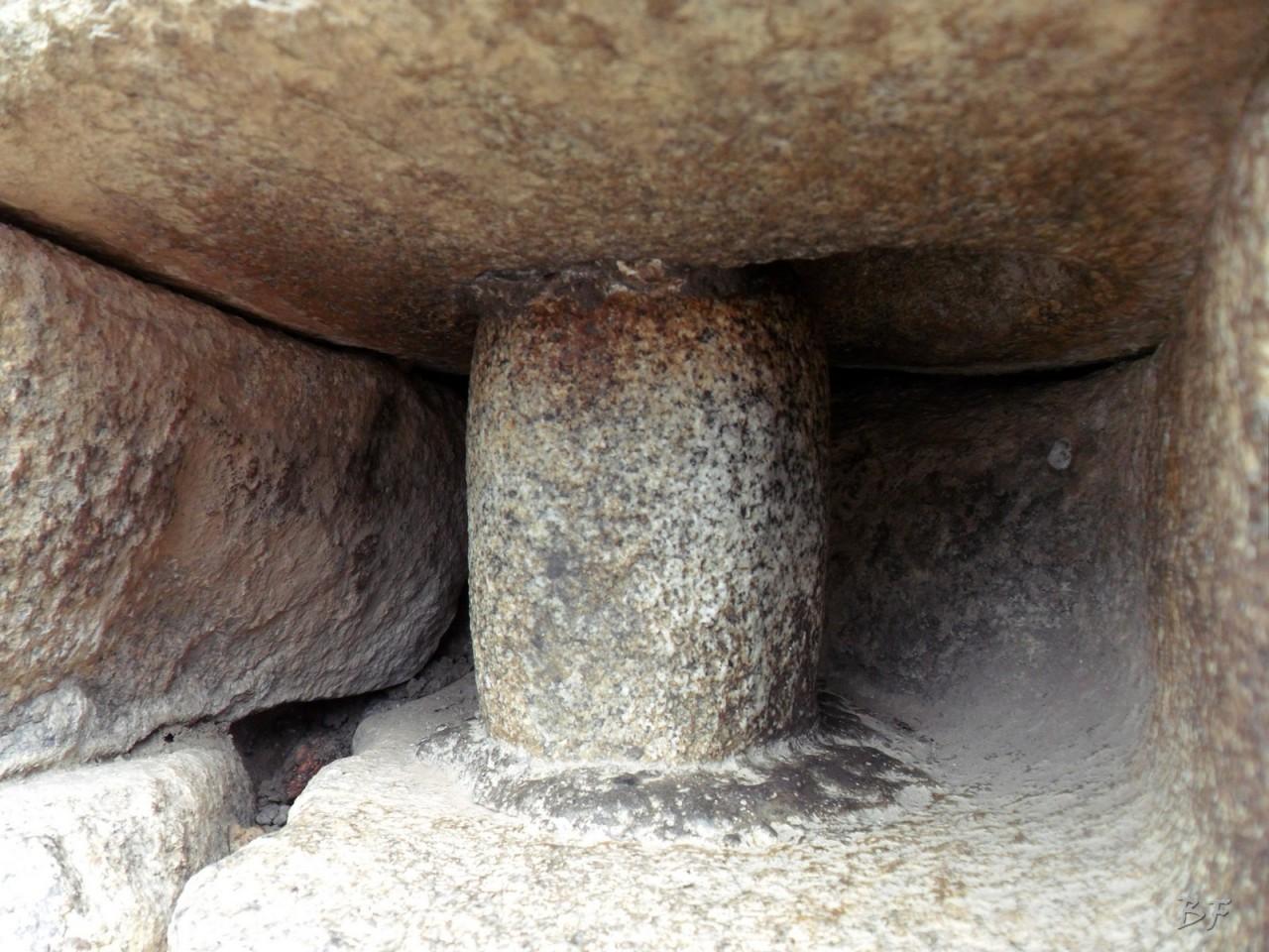 Mura-Poligonali-Incisioni-Altari-Edifici-Rupestri-Megaliti-Machu-Picchu-Aguas-Calientes-Urubamba-Cusco-Perù-80