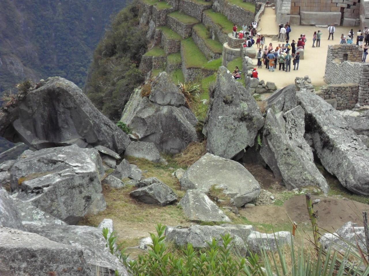 Mura-Poligonali-Incisioni-Altari-Edifici-Rupestri-Megaliti-Machu-Picchu-Aguas-Calientes-Urubamba-Cusco-Perù-82
