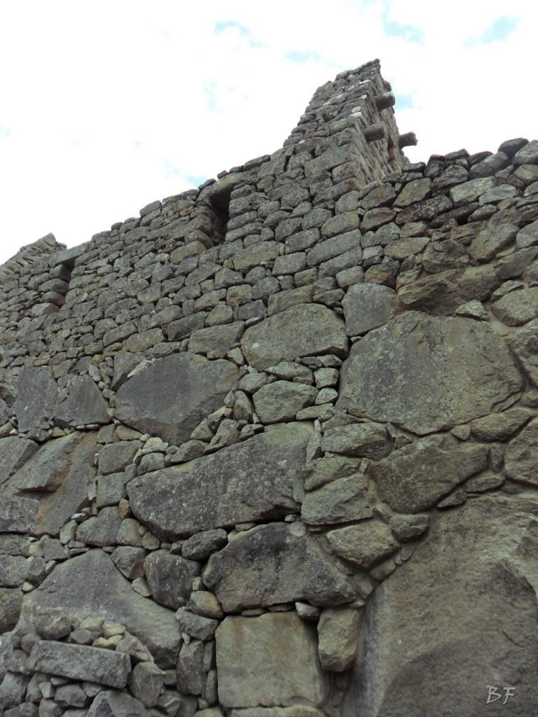 Mura-Poligonali-Incisioni-Altari-Edifici-Rupestri-Megaliti-Machu-Picchu-Aguas-Calientes-Urubamba-Cusco-Perù-86