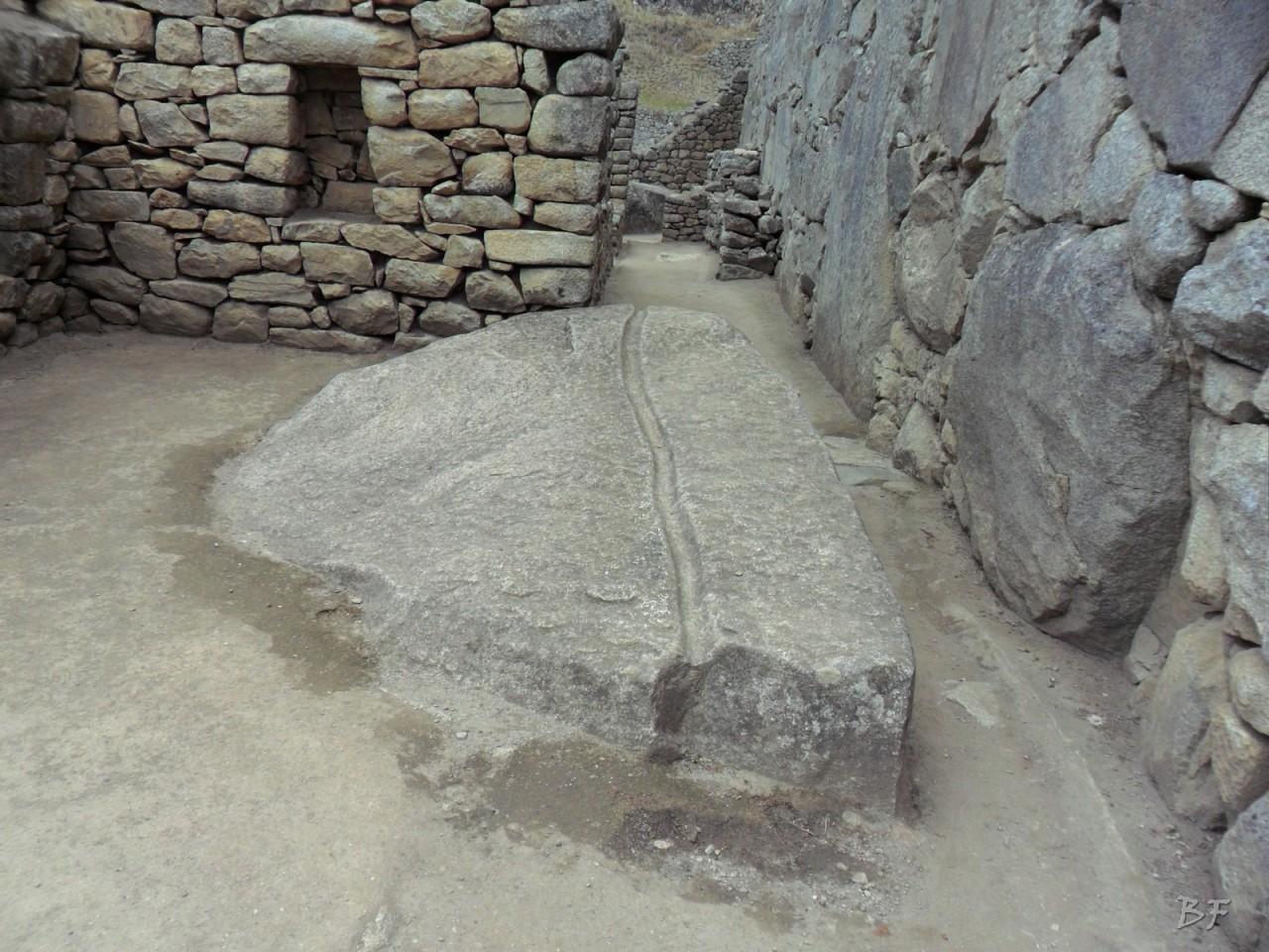Mura-Poligonali-Incisioni-Altari-Edifici-Rupestri-Megaliti-Machu-Picchu-Aguas-Calientes-Urubamba-Cusco-Perù-88
