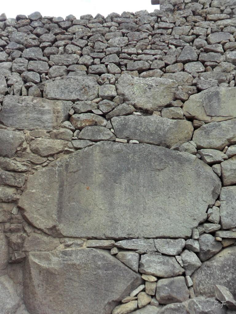 Mura-Poligonali-Incisioni-Altari-Edifici-Rupestri-Megaliti-Machu-Picchu-Aguas-Calientes-Urubamba-Cusco-Perù-90