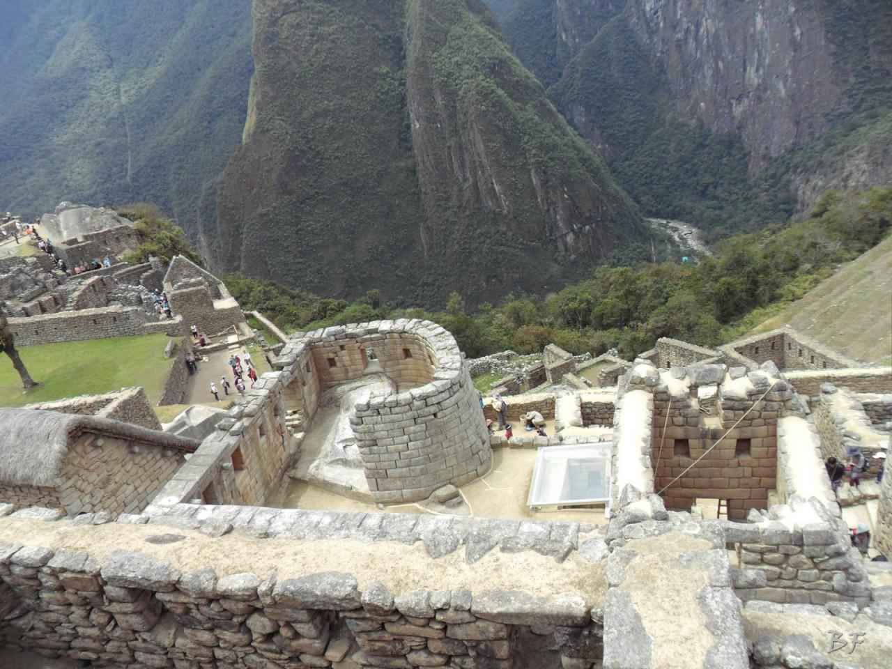 Mura-Poligonali-Incisioni-Altari-Edifici-Rupestri-Megaliti-Machu-Picchu-Aguas-Calientes-Urubamba-Cusco-Perù-96