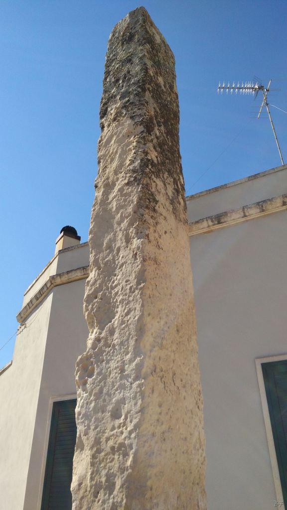 Menhir-del-Teofilo-Martano-Lecce-Salento-Puglia-Italia-4