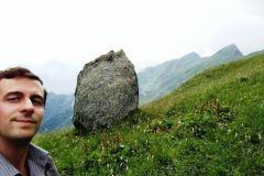 frAnk-e-Menhir-Ciapel-du-Veuscu-di-Monastero-di-Lanzo-Torino-Piemonte-Italia