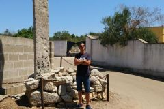 frAnk-e-Menhir-Curti-Vecchi-Galugnano-Lecce-Salento-Puglia-Italia
