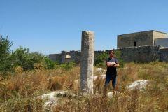 frAnk-e-Menhir-di-Ussano-Cavallino-Lecce-Salento-Puglia-Italia