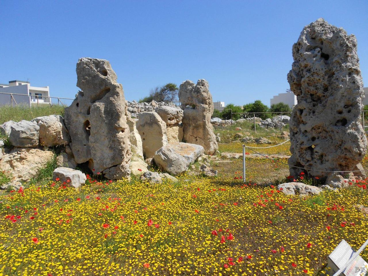 Skorba-Tempio-Megalitico-Mgarr-Malta-8