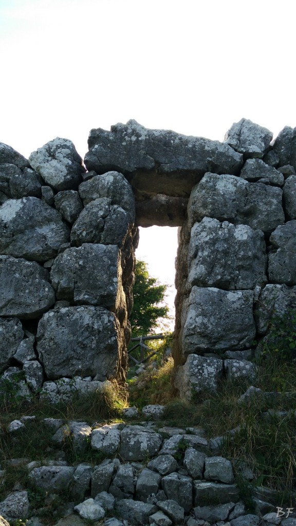 Monte-Pallano-Mura-Megalitiche-Chieti-Abruzzo-Italia-10