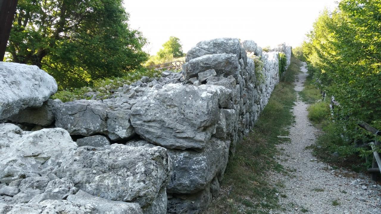 Monte-Pallano-Mura-Megalitiche-Chieti-Abruzzo-Italia-3