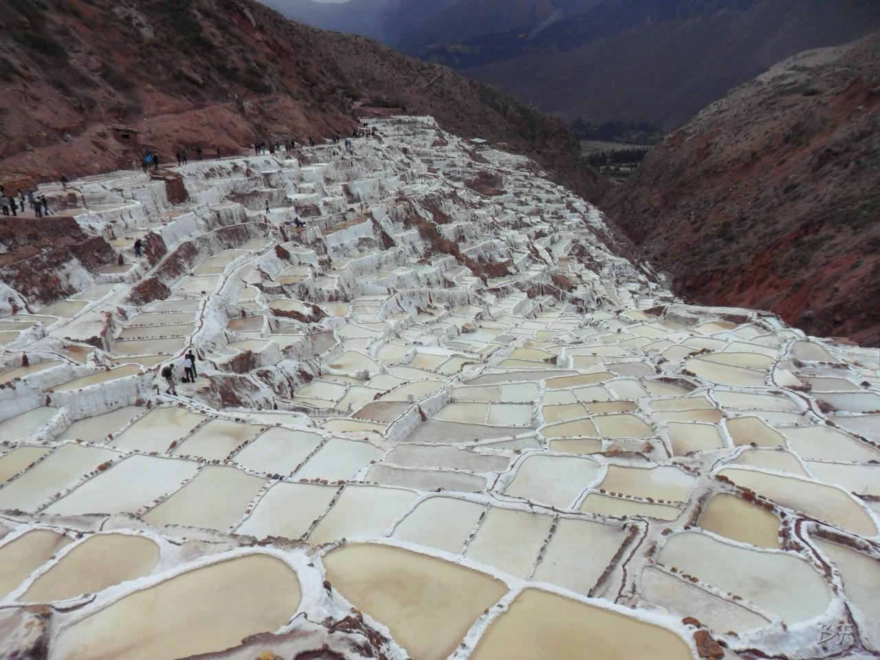Terrazze-Circolari-Megaliti-Moray-Saline-Maras-Cusco-Perù-11