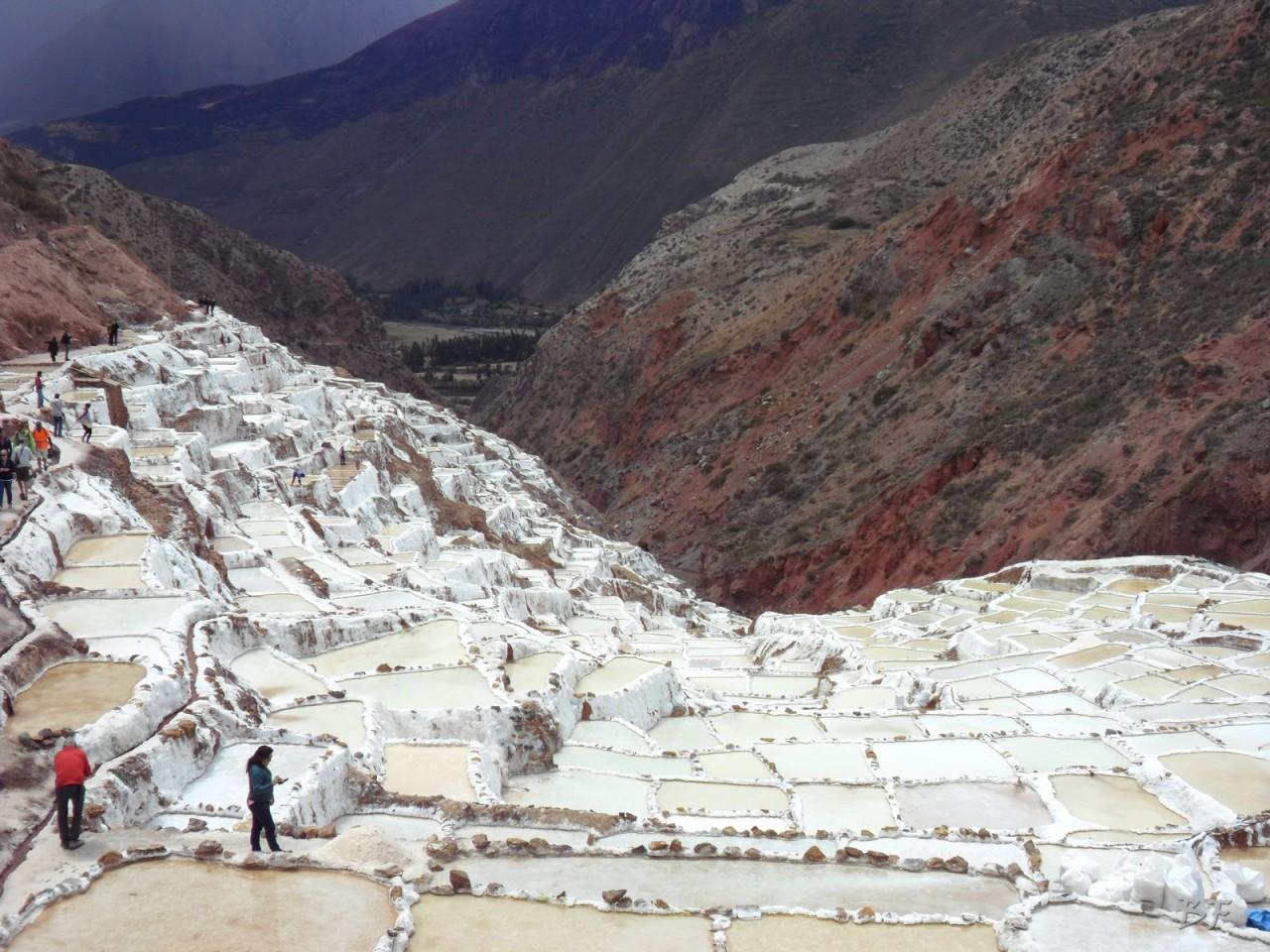 Terrazze-Circolari-Megaliti-Moray-Saline-Maras-Cusco-Perù-14