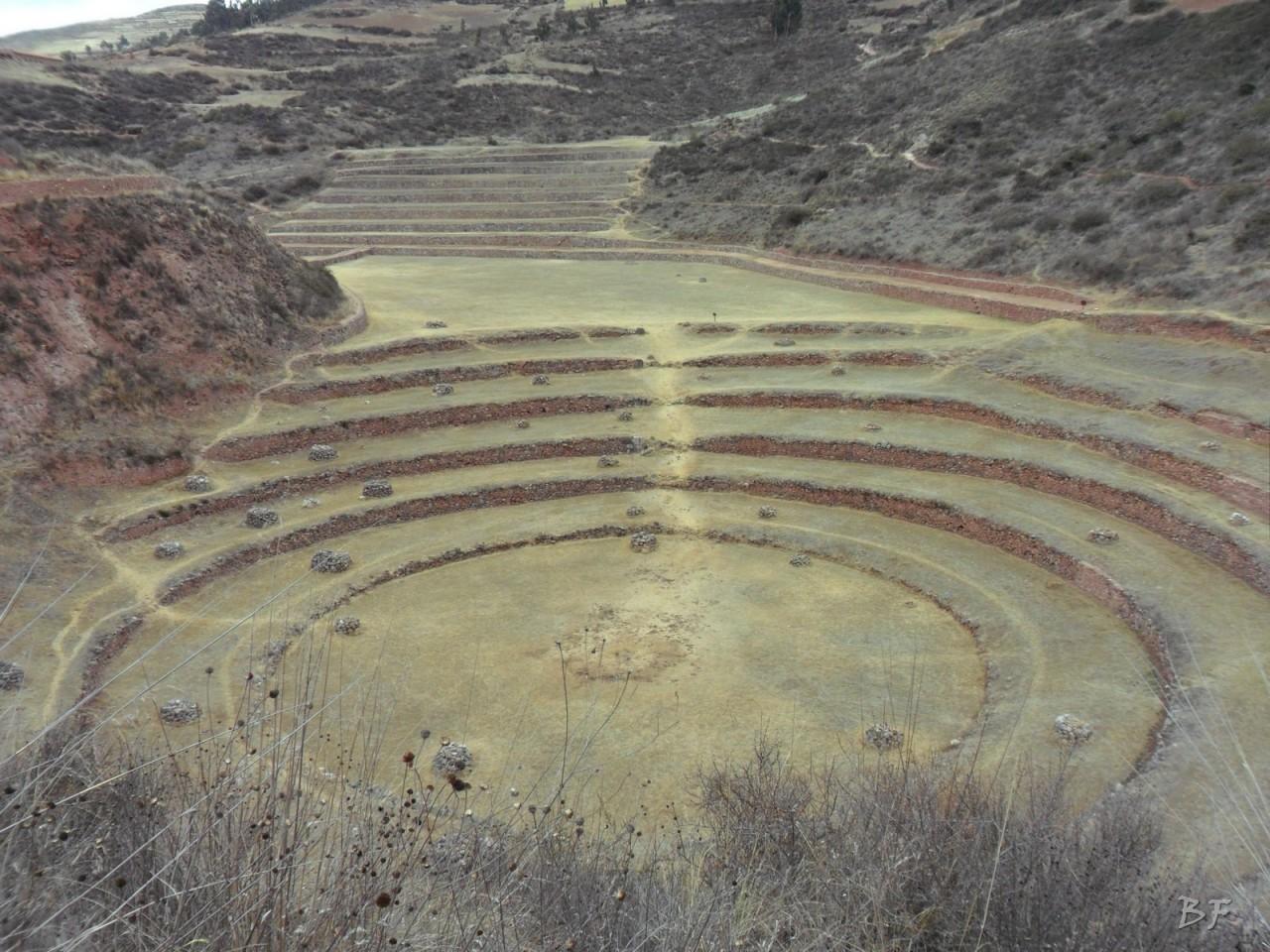 Terrazze-Circolari-Megaliti-Moray-Saline-Maras-Cusco-Perù-18