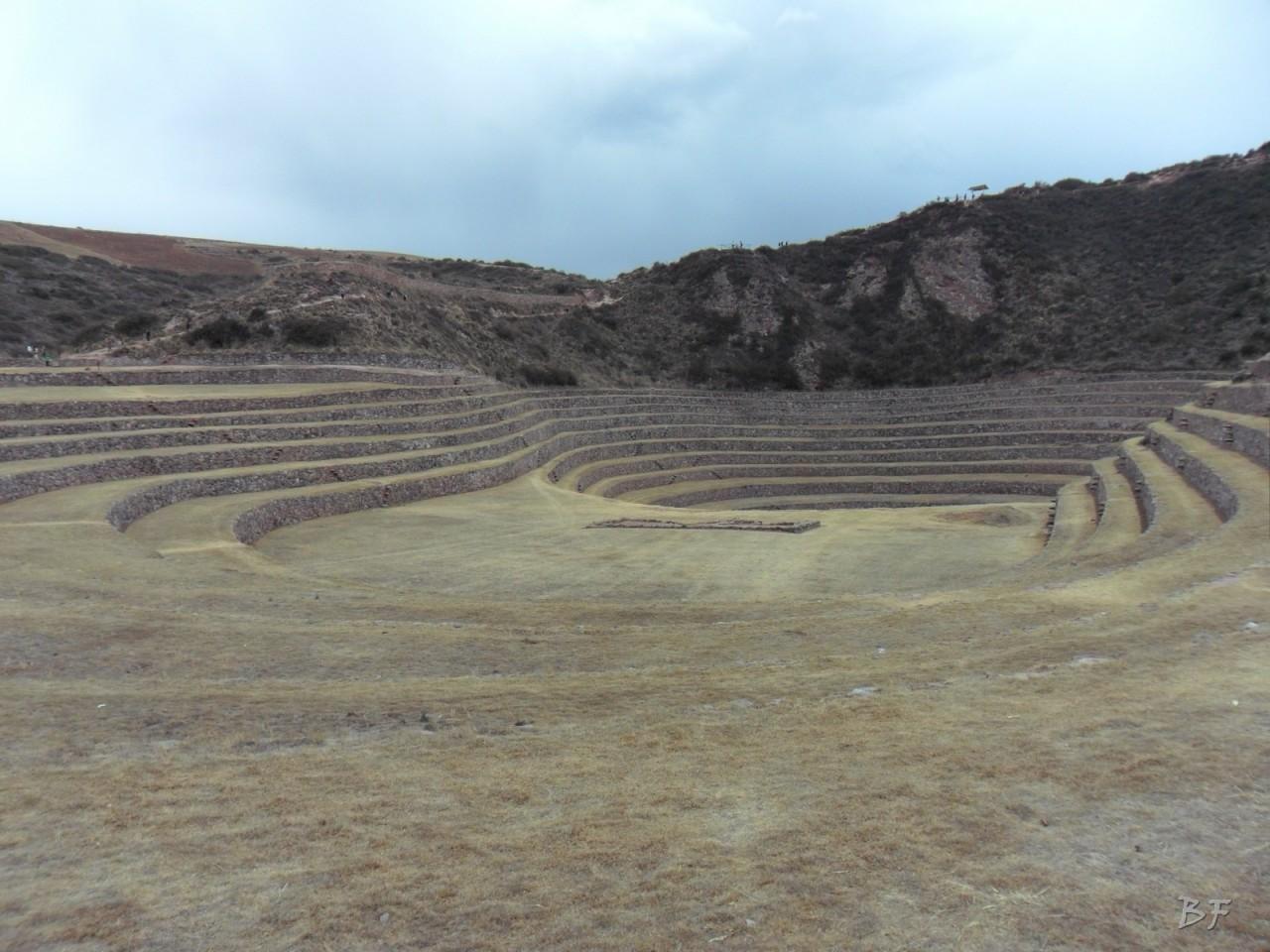 Terrazze-Circolari-Megaliti-Moray-Saline-Maras-Cusco-Perù-4