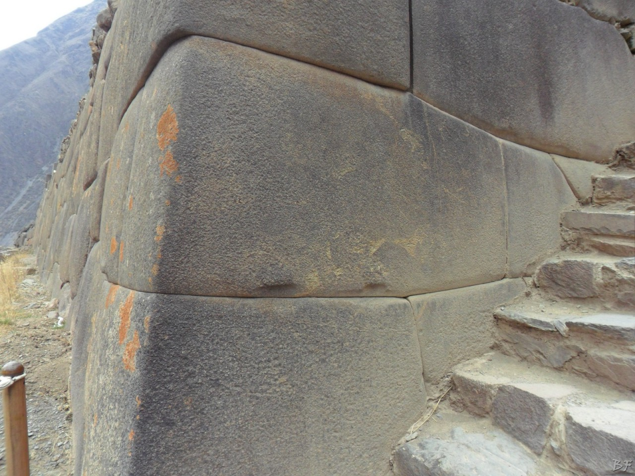 Ollantaytambo-Mura-Megalitiche-Peru-26