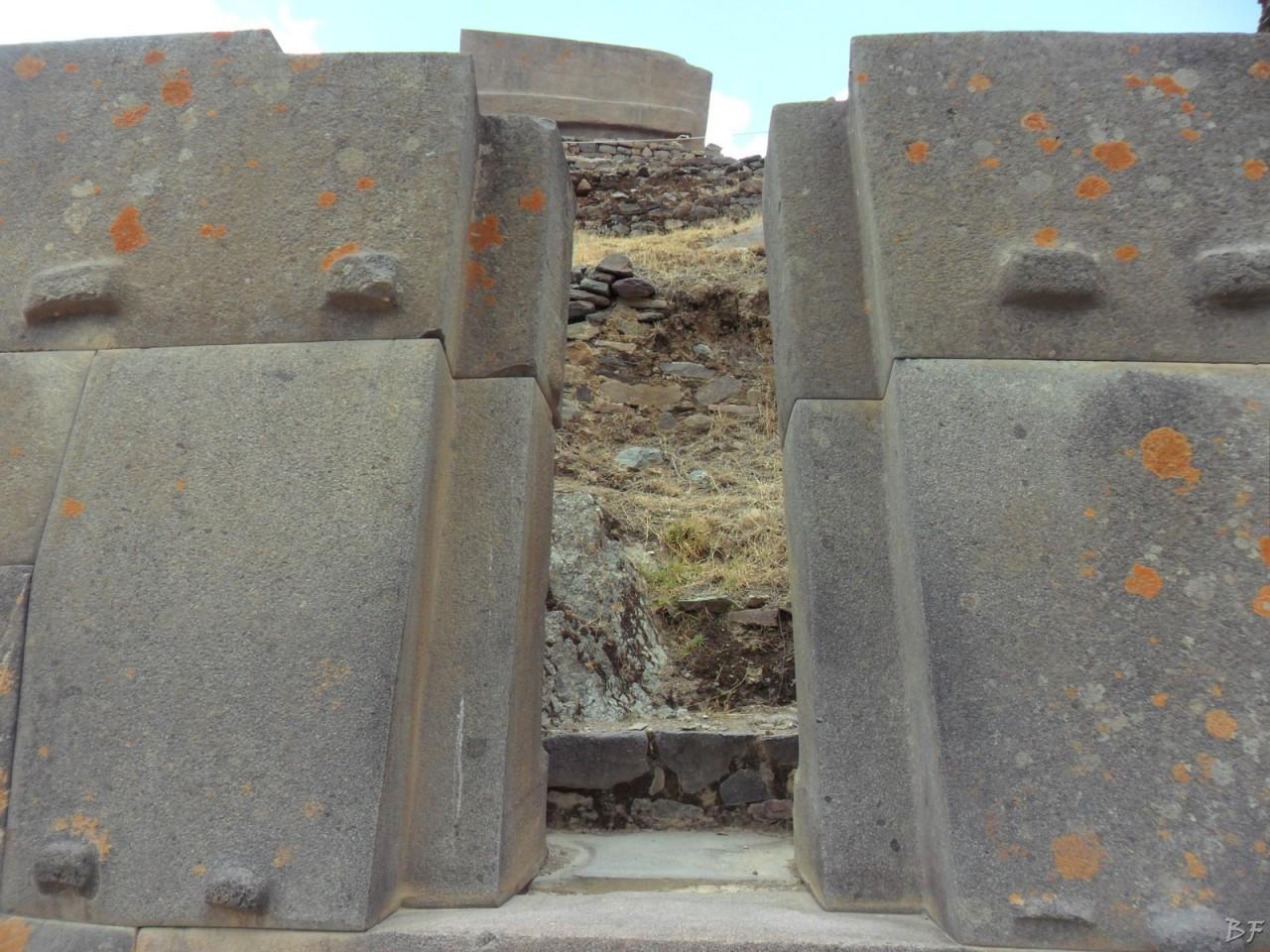Ollantaytambo-Mura-Megalitiche-Peru-31