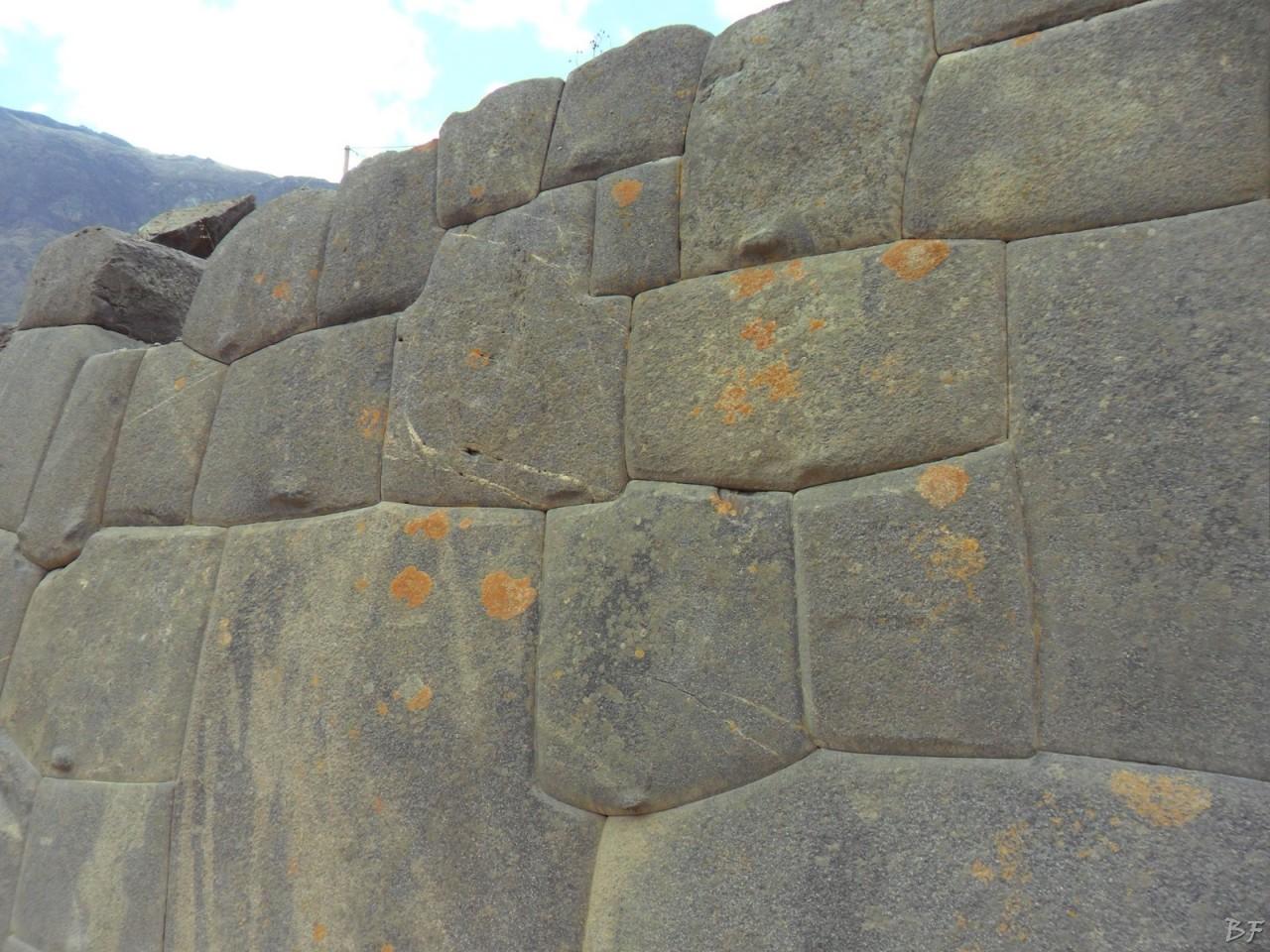 Ollantaytambo-Mura-Megalitiche-Peru-34